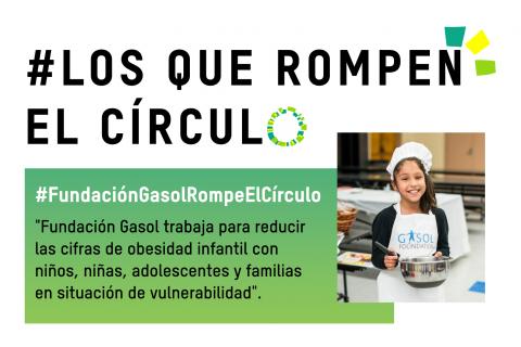 Cartela con foto de niña beneficiaria de la Fundación Gasol